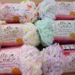 編み棒いらずの簡単マフラー リボンが付いて暖かわいい!