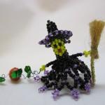 ハロウィンの魔女,ミニチュアのビーズ人形の作り方