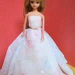 リカちゃん人形のウエディングドレス ハンカチを使って簡単に!